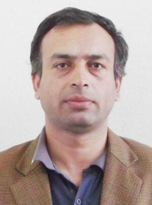 Prof. Asociado(a) Dr. Bed Mani Dahal